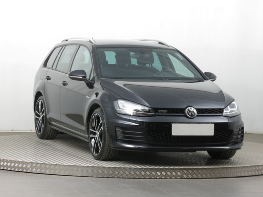 VW Golf 2.0 TDI 135 kW rok 2016